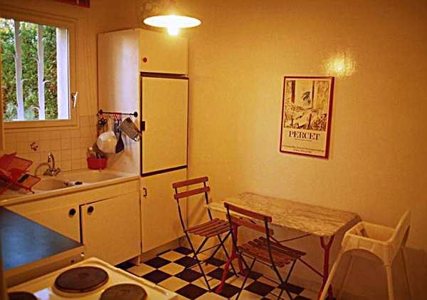 m belgriffe modern die neuesten innenarchitekturideen. Black Bedroom Furniture Sets. Home Design Ideas